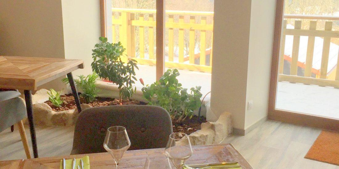 Le restaurant du Jardin des 4M propose des plats originaux et pleins de saveurs à base de produits sains et de saison, en majorité bio et locaux, en provenance des producteurs du Pilat!